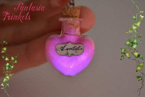Amortentia - Love Potion Pink Heart Shaped Glass Bottle Magic Charm Pendant Necklace - Harry Potter Jewelry