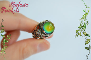 Mood Ring - Color Changing Stone on an Antique Silver Snake Ring - Unisex Medieval Fantasy Jewelry