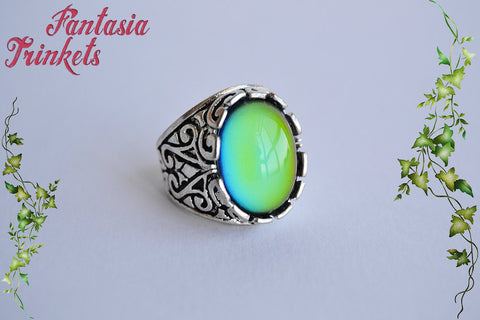 Mood Ring - Color Changing Stone on an Adjustable Ornate Silver Ring - Vintage Mood Jewelry