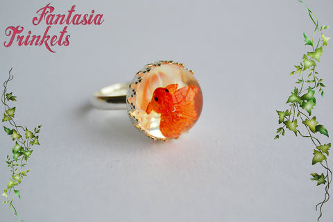 Tiny Goldfish in Water - Fishbowl Glass Dome Adjustable Ring - Realistic Miniature Jewelry