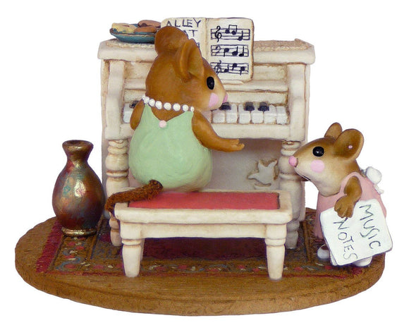 Mouse Piano Lesson