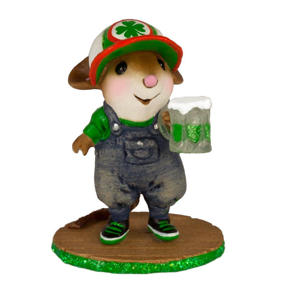 St. Patricks Day Mouse with Beer