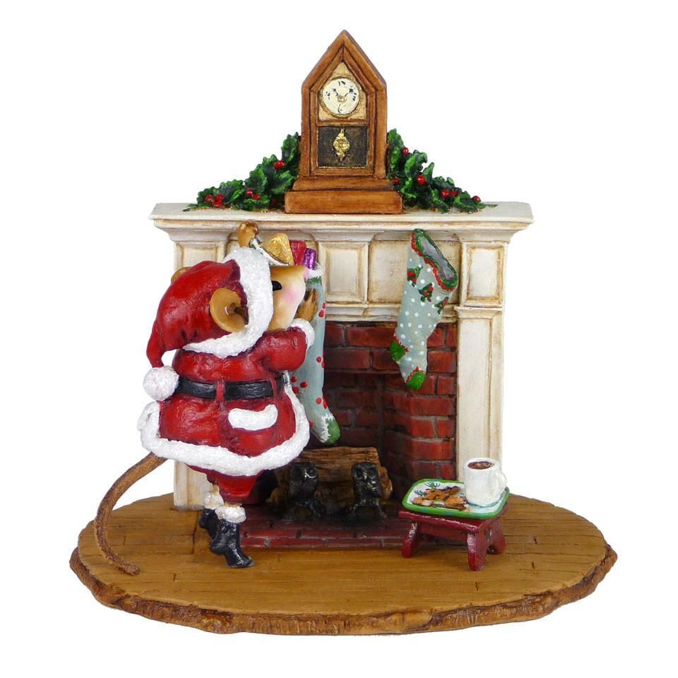 Santa Clause Mouse at Fireplace