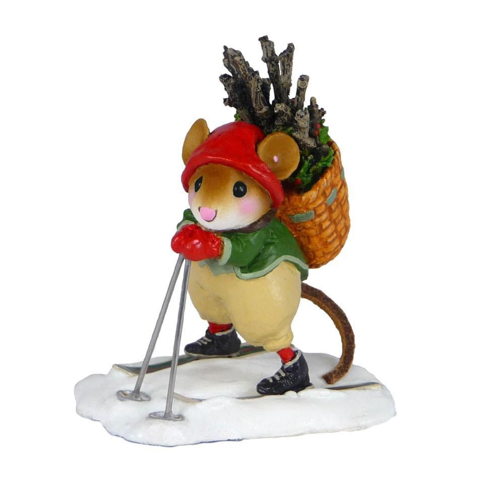 Skiing Elf Mouse