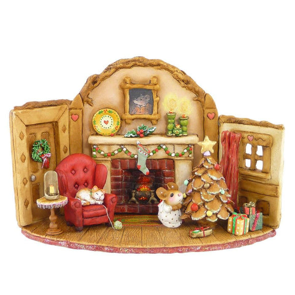 A Mouse House on Christmas