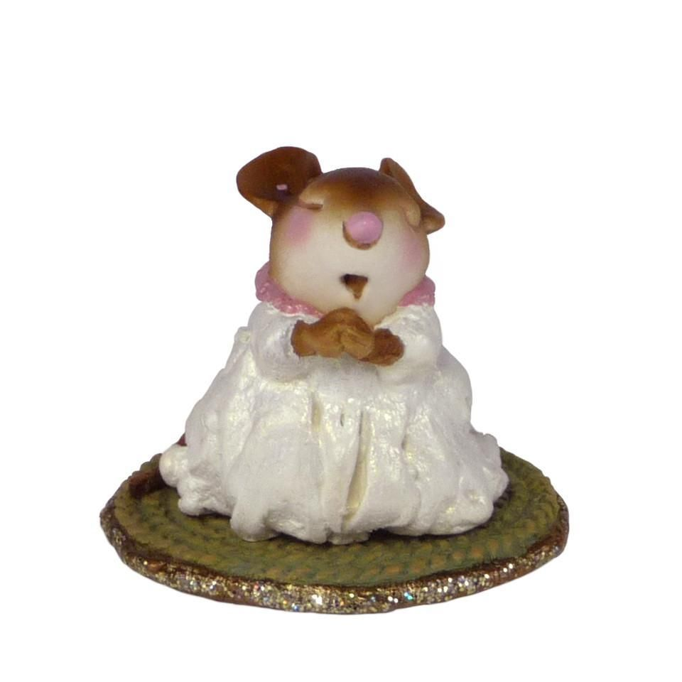Praying Mouse Figurine