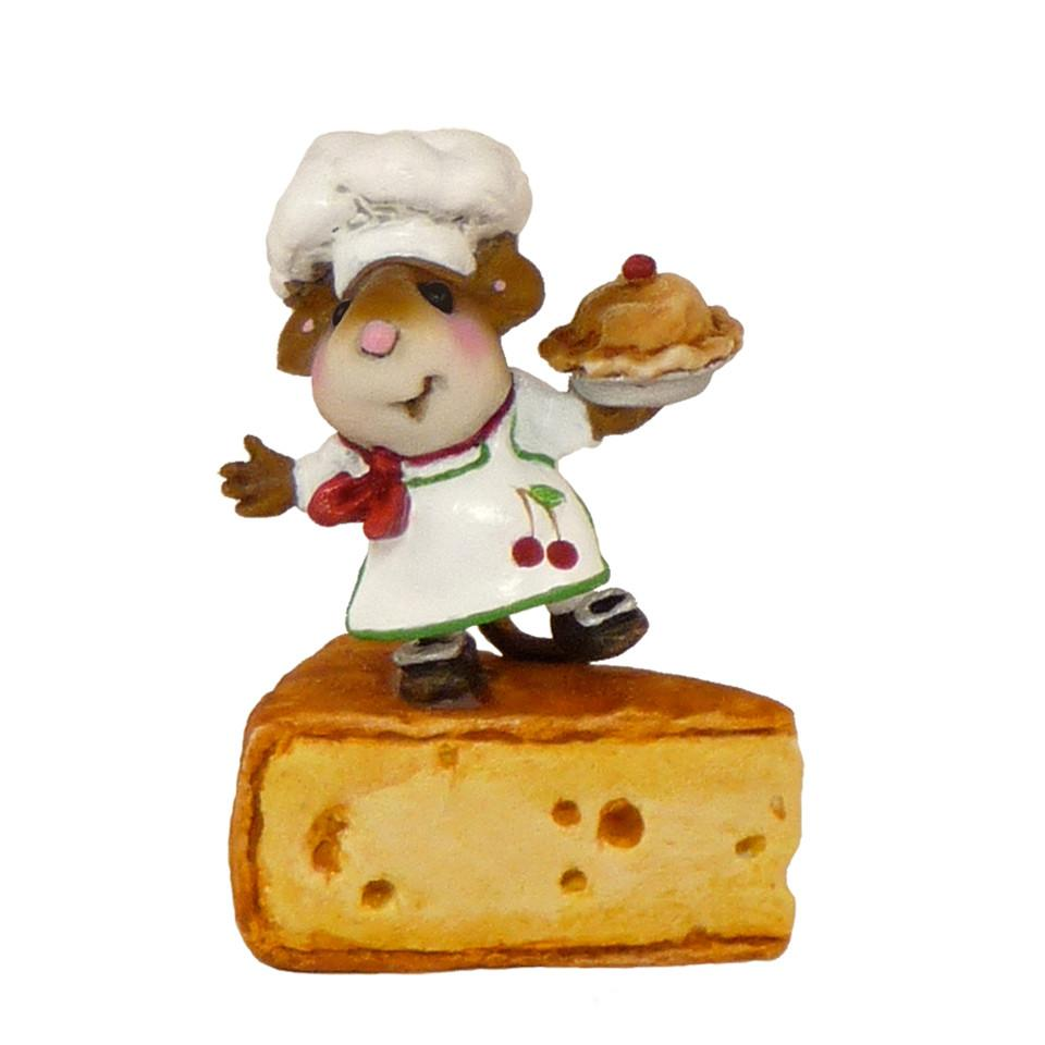 Chef Mouse with Pie on Cheese Block