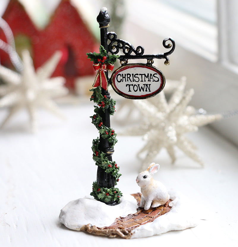 Christmas Town Sign Post