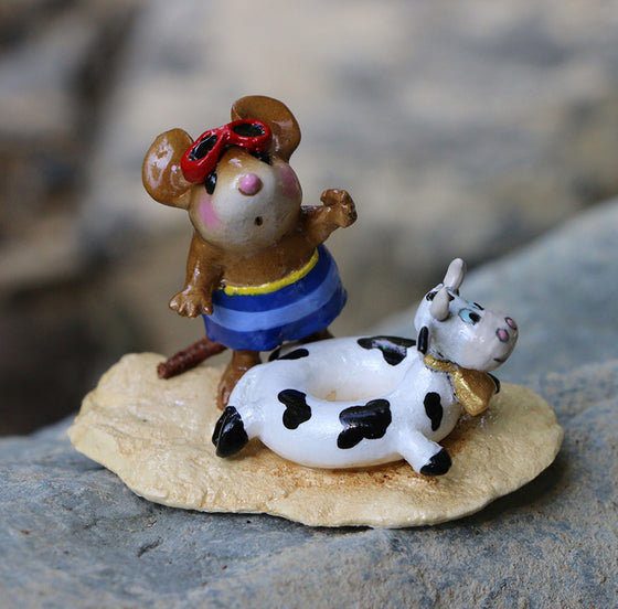 Tiny Tubie Cow