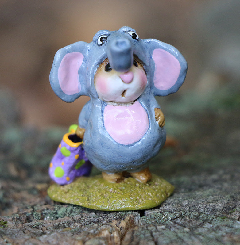 Enormouse Elephant