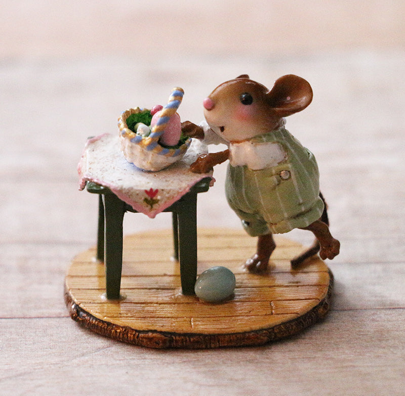 Wee Forest Folk Miniature Figurine M-606 Awesome Egg
