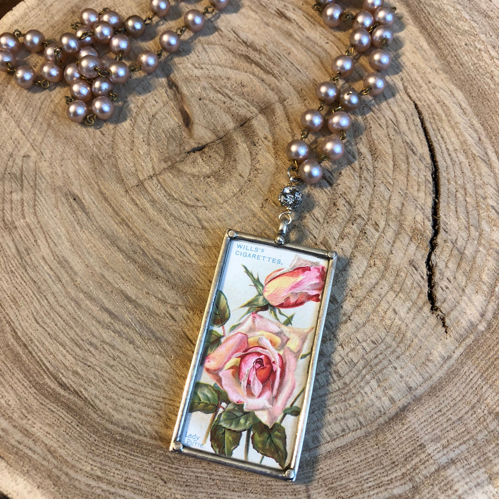 Bloomin' Roses Necklace