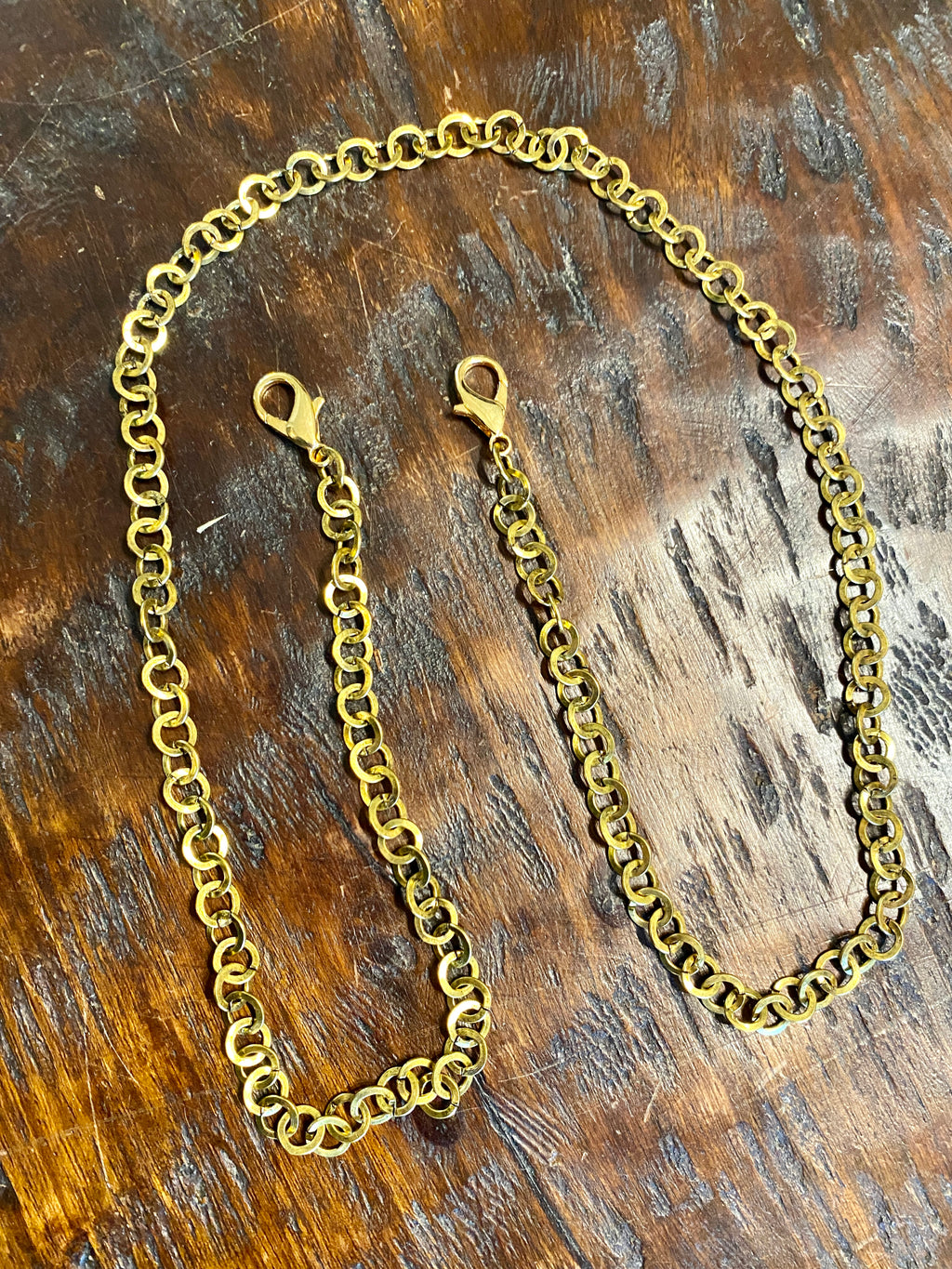 Gold Circles Mask Chain