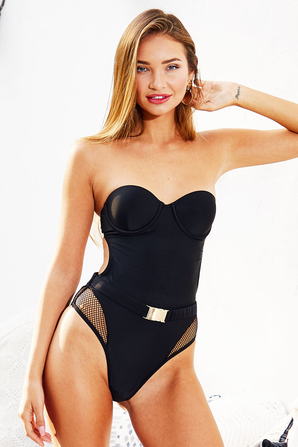 Underwired Bandeau Swimsuit in Black
