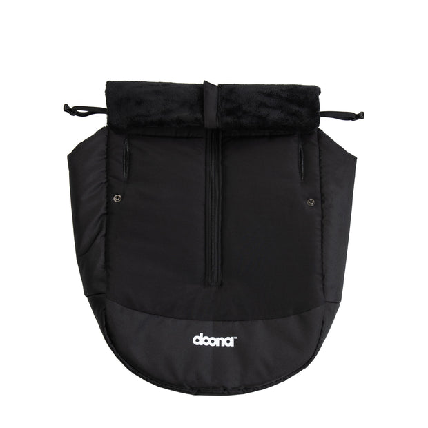 Doona+ Babyschale Winter-Cover in schwarz
