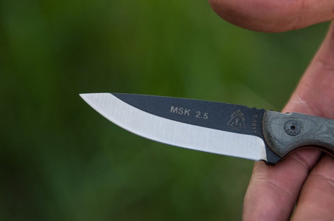 MINI SCANDI KNIFE BLACK LINEN MICARTA 2