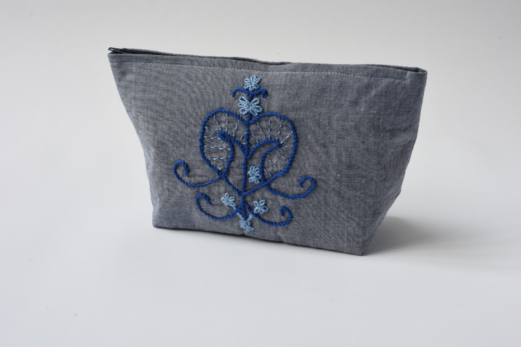 Erzulie Embroidered Clutch