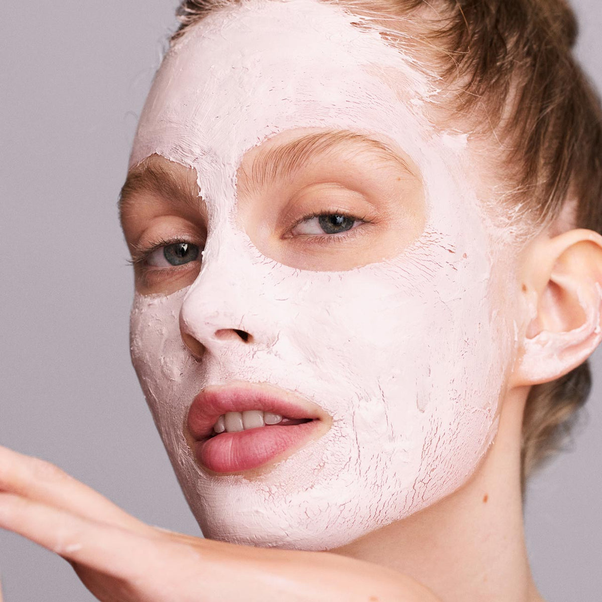 Everything You Need to Know About Clay Masks for Healthy-Looking Skin
