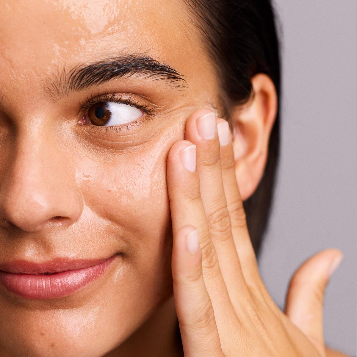 Here's Why Niacinamide is So Good For Your Skin