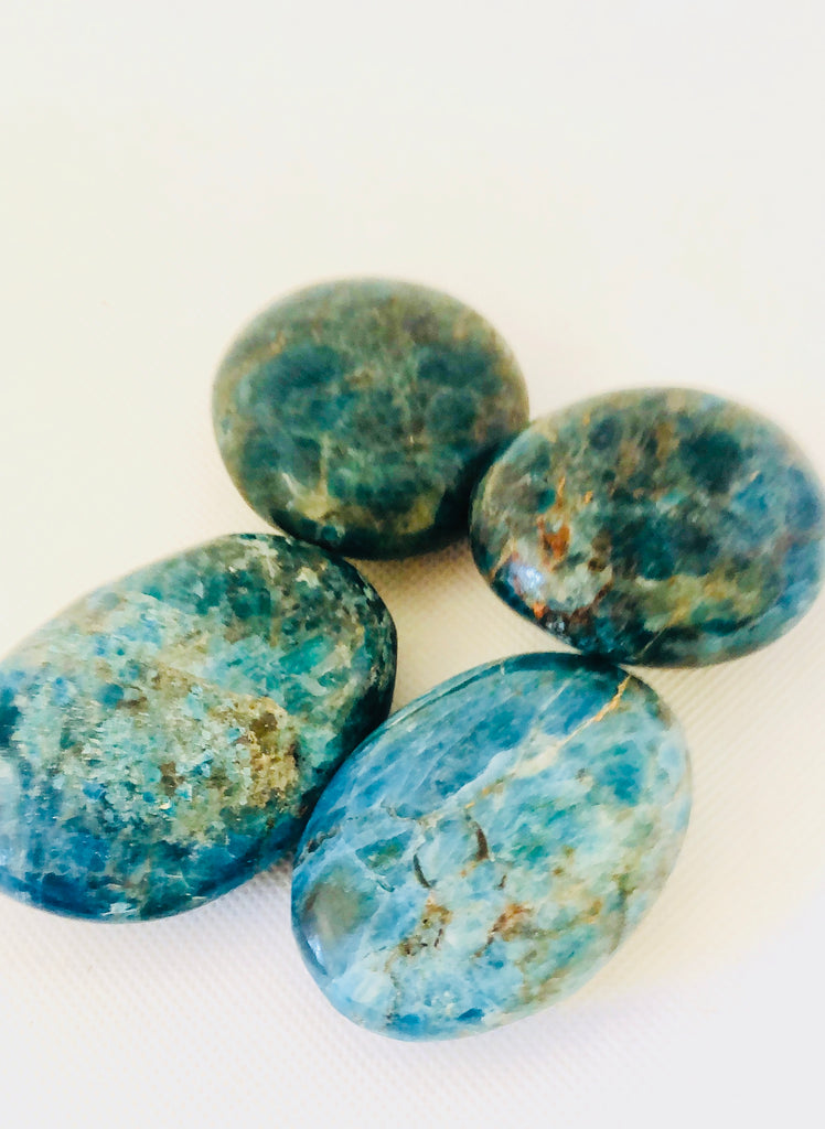 Blue Apatite Palm Stones, Blue Apatite Therapy Stones, Healing Crystals, Metaphysical Meditation Crystal, Zen Gifts, Gift for Her