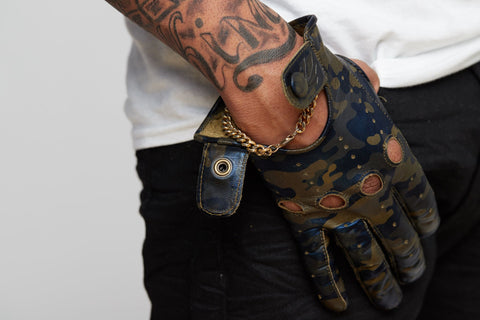 Hidden Hollywood Gloves