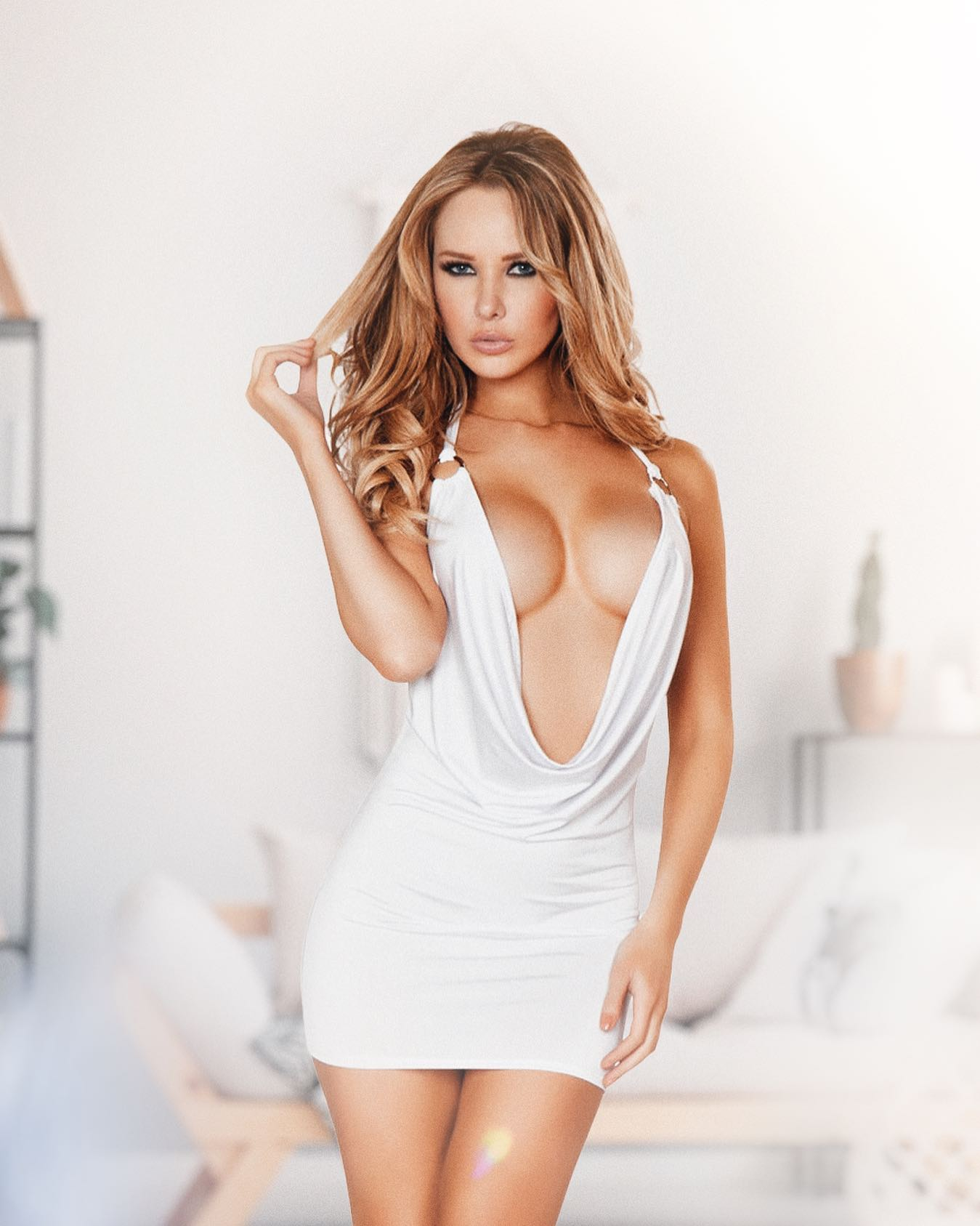 1pc Cowl Neck White Mini Dress