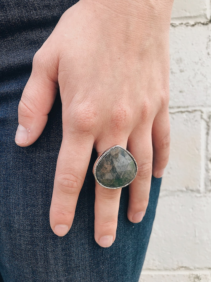 Purple Labradorite Ring