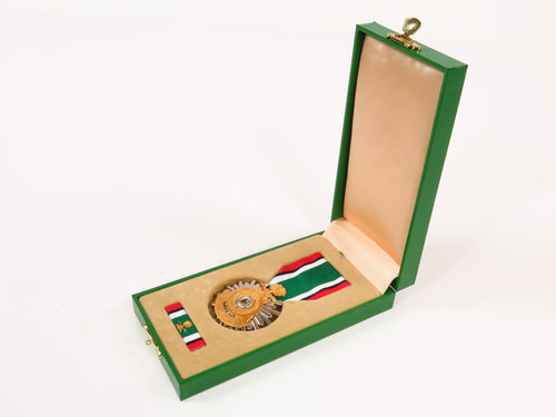 Boxed Saudi Arabia Liberation of Kuwait Medal