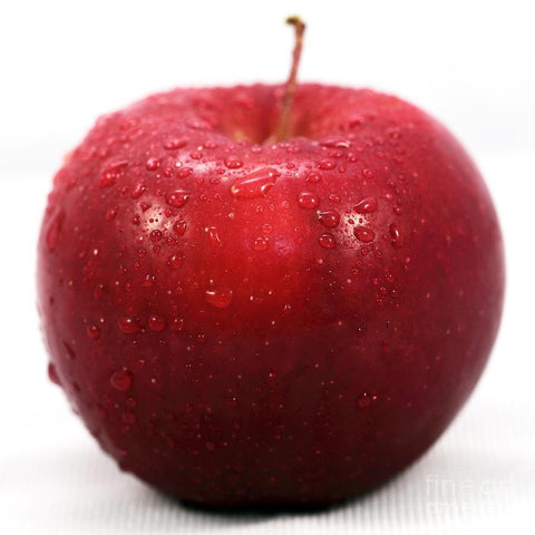 From Qualityfood.ae Fruits Fresh Cubed Red Apple without Skin