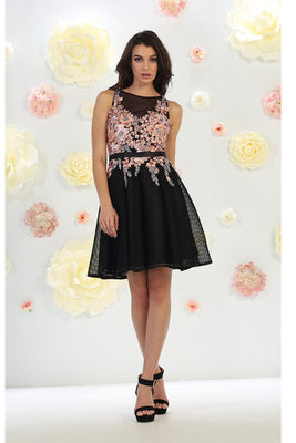 Floral Embroidered Mesh Dress With Belt Ribbon