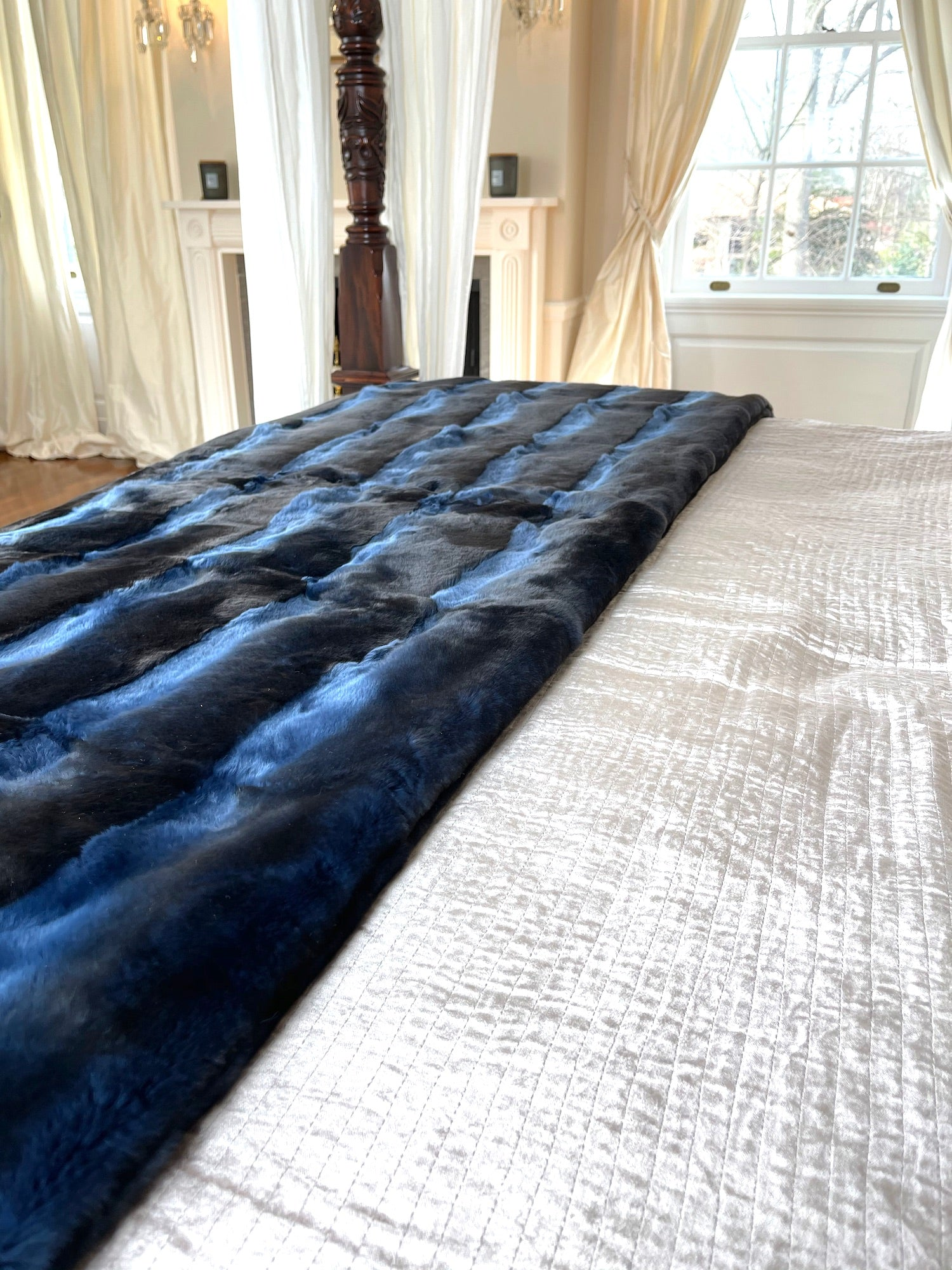 Blue Orylag and Cashmere Throw