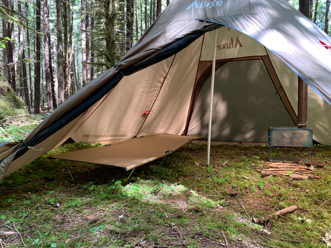 Megahorn Tipi with Cot and Wood Stove