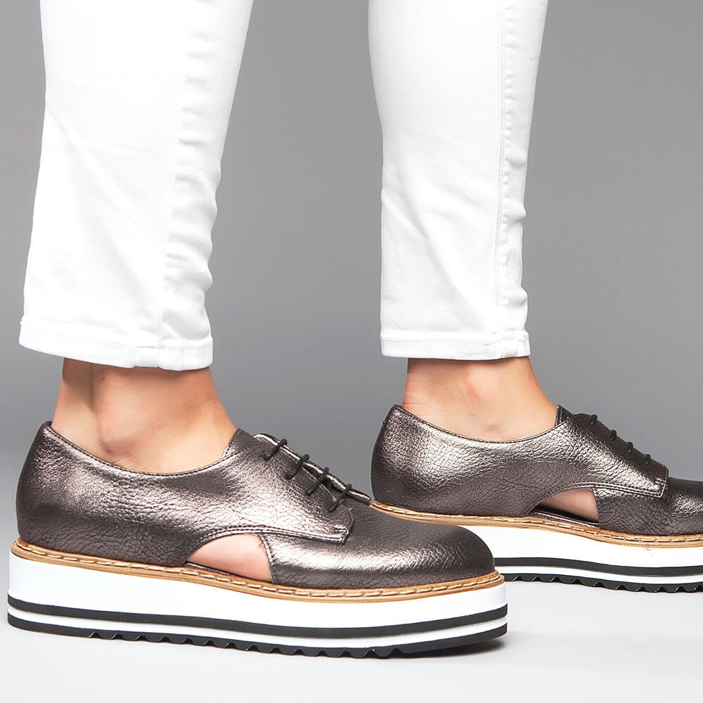 Brody Oxford-Metallic Pewter - Luxe Shoe Boutique & Accessories
