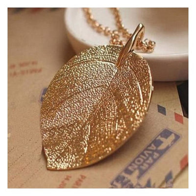 Iwantzone.com - Beautiful Leaf Necklace - Pendant Necklaces - Leaf - Beautiful-Leaves-Necklace
