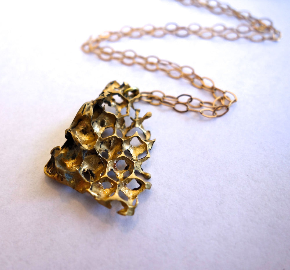 Gold Honeycomb Short Necklace Wholesale