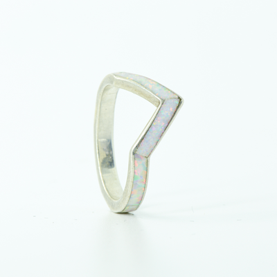 SALE RING - Silver V-Ring & White Opal - Size 5.5