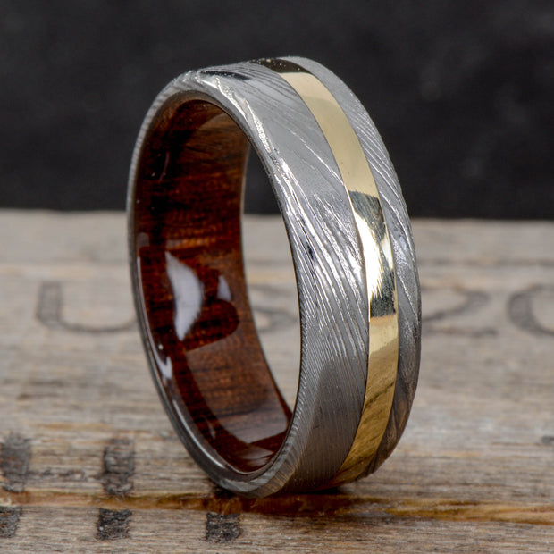 Damascus Steel, Gold, & Walnut ***