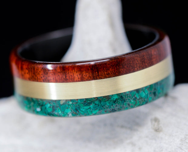 Rasta Ring - Green Malachite, Yellow Gold, & Redheart Wood