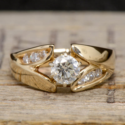 Diamond Solitaire with Shoulder Accents