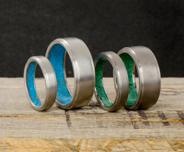 Metal Band with Malachite Inside Band