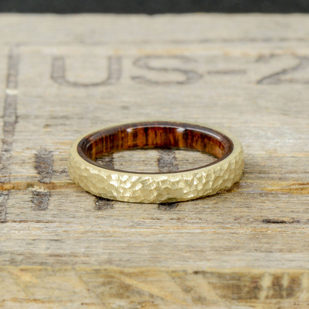 Gold with Arizona Desert Ironwood Inside Band