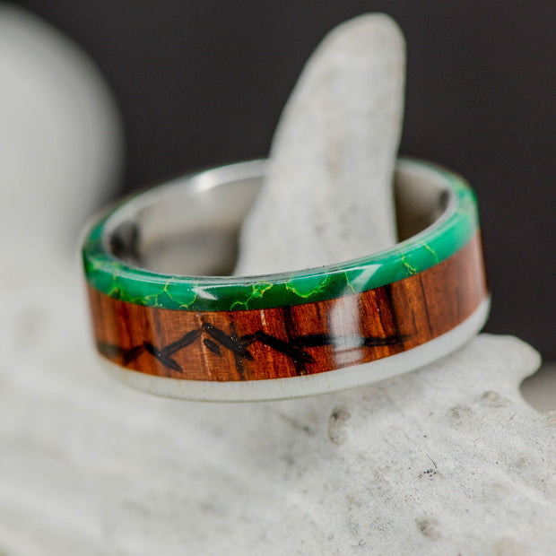Arizona Jade, Rosewood with Engraved Mountains, Antler