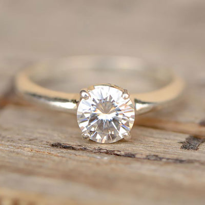 Moissanite Solitaire