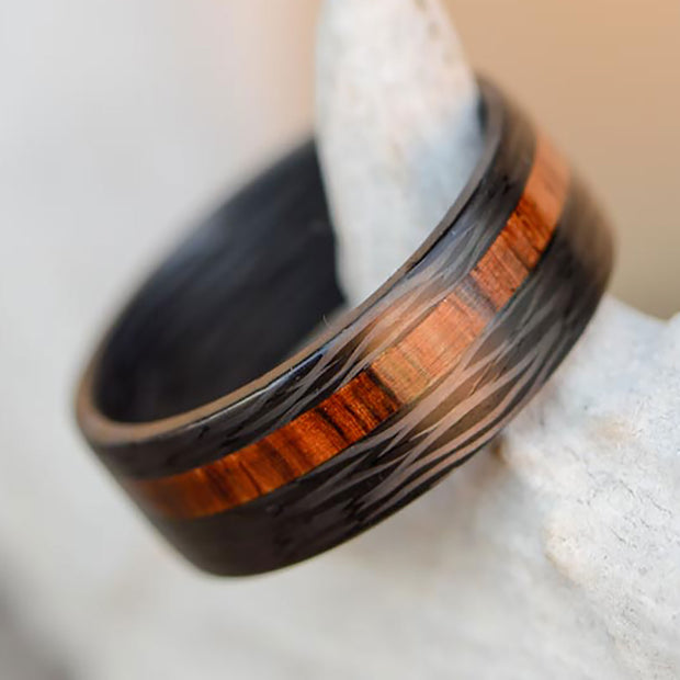 Forged Carbon Fiber Ring & Rosewood