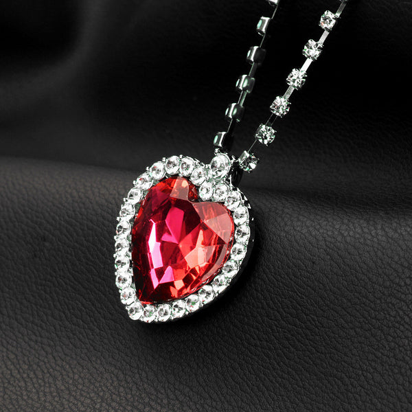 Head-turning Heart-shaped Titanic Red Pendant Necklace