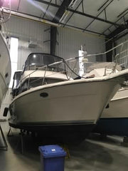 SOLD. 1993 42' CARVER YACHTS 390
