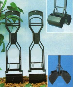 Allen's Spring Scooper For Grass