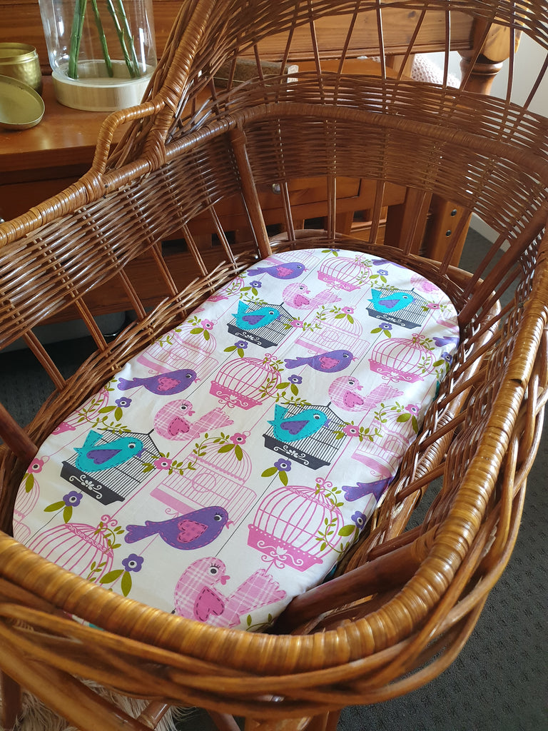 Fitted Petite Sheet CAGE BIRDIES