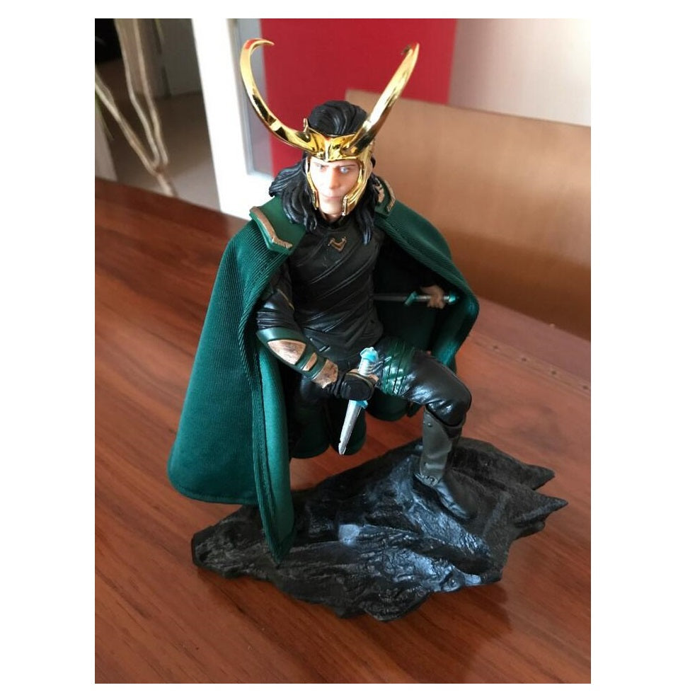 Loki Action Figure Avengers Limited Edition Gift With Box