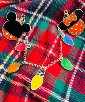 "Mickey and Minnie Ornaments with Lights (2 - 1"" pins)"